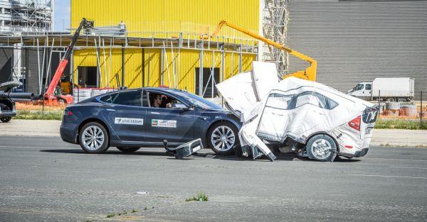 tests-voiture-autonome-pas-pour-demain.jpg