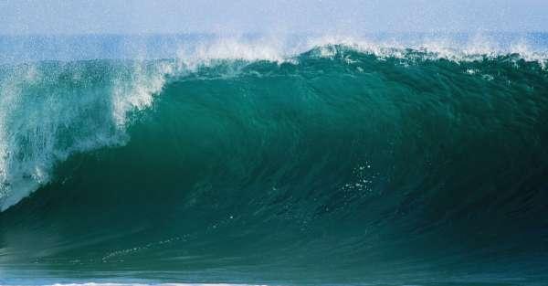 Grande vague déferlante