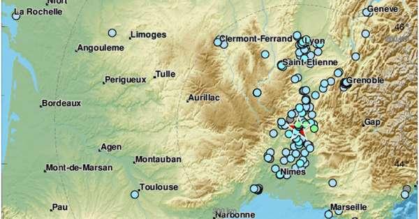 points de ressenti du séisme qui a frappé le Drôme - Ardèche le 11 novembre via  le CSEM / EMSC