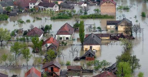 village inondée avec bâti vulnérable