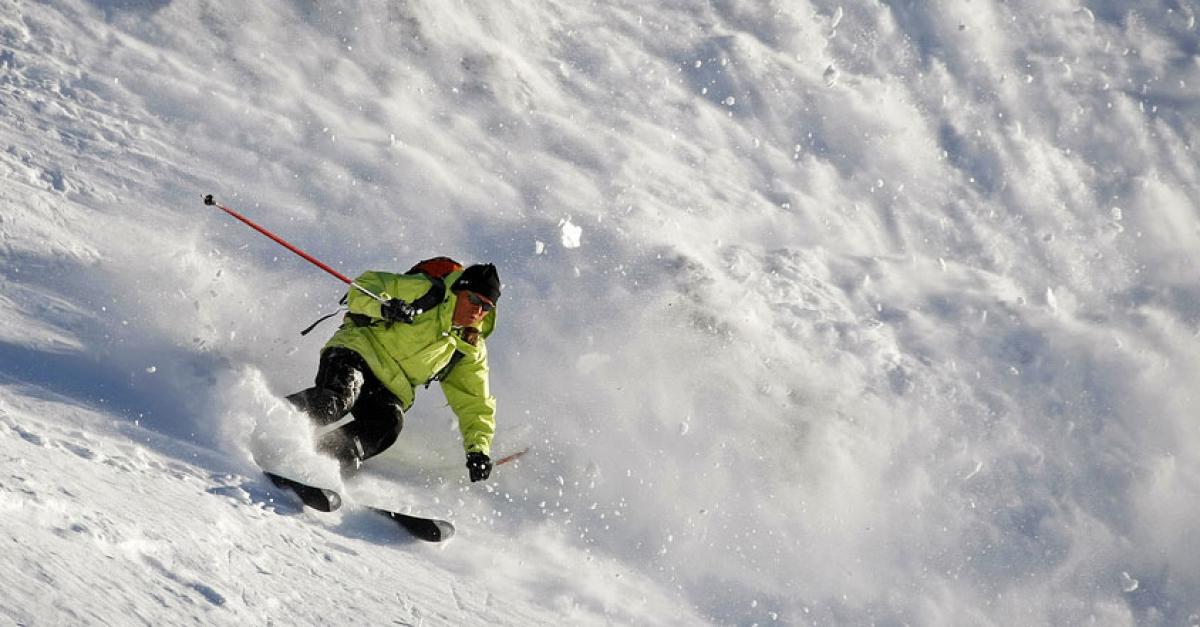 Analyse des politiques locales de gestion des risques sur les territoires touristiques de montagne.