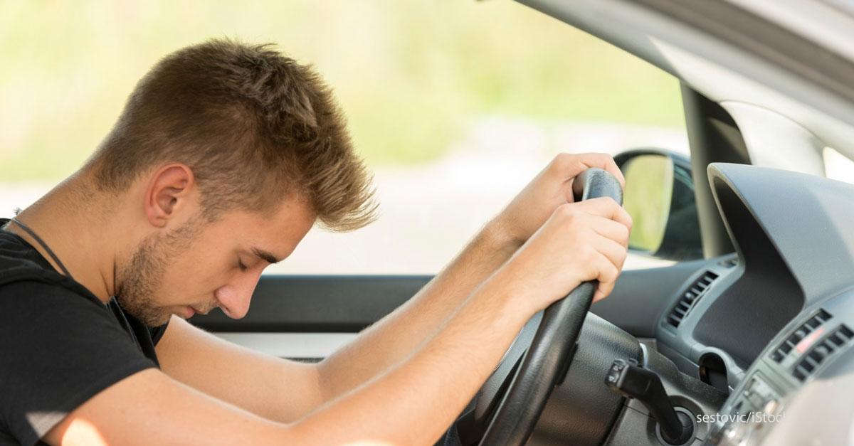 conducteur-endormi-au-volant.jpg