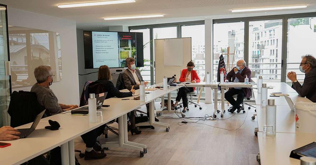 discussion du groupe de travail conseils d'administration et scientifique